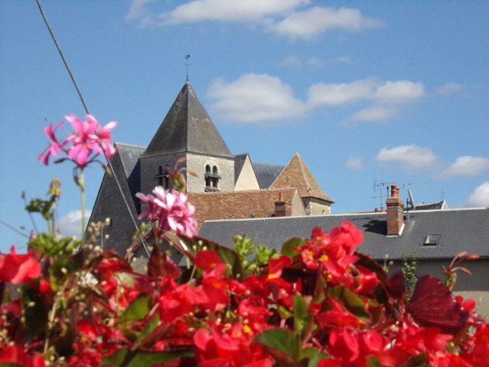Beaulieu sur loire – église et mairie