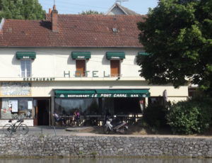 Briare – Auberge du pont canal-façade
