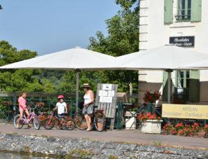 Briare-Chocolats et Chimères-terrasse