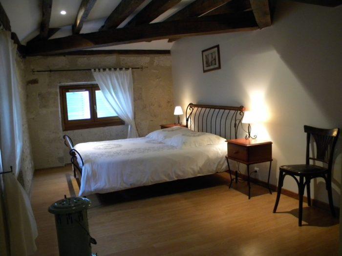 Châtillon sur Loire – Le Relais de Mantelot  – chambre