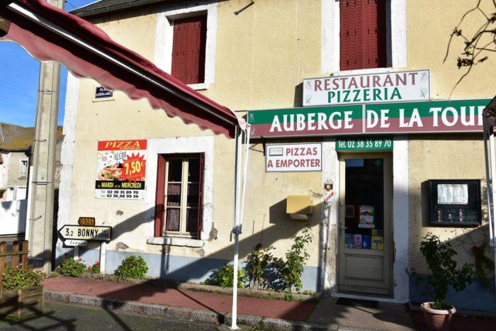 Beaulieu sur Loire-Auberge de la Tour-façade