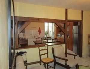 BEAULIEU SUR LOIRE -meublé Thibault – cuisine