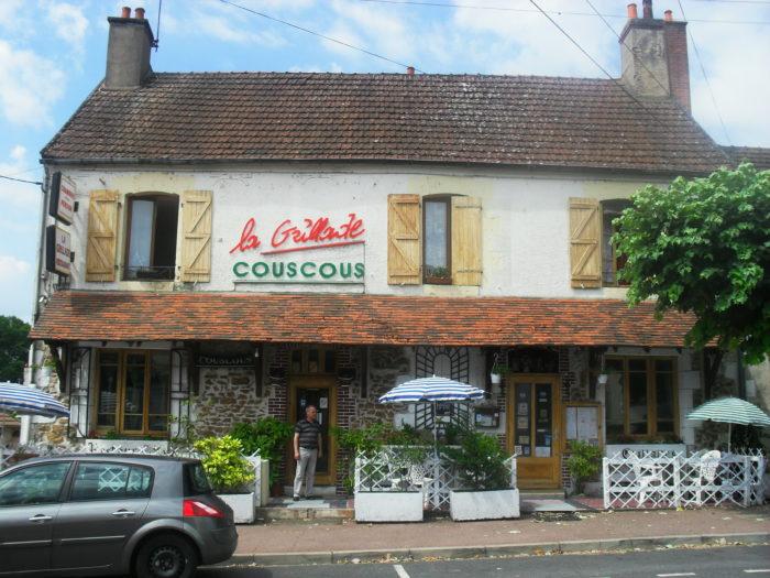 Briare-Restaurant La Grillade-façade