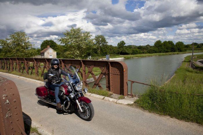 Le-Loiret-a-moto-Le-long-de-la-Loire-de-Briare-a-Orleans-1