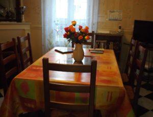 Ousson-sur-Loire-la-maison-de-Sylvie-salle de séjour