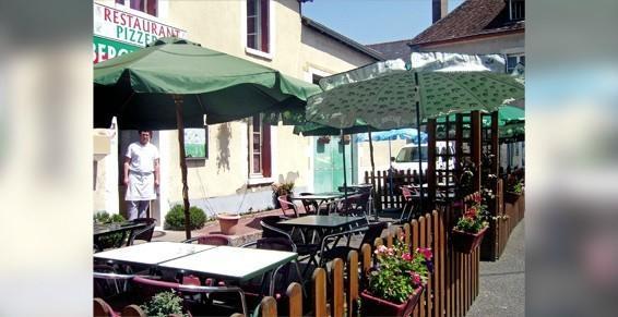 Beaulieu sur Loire-Auberge de la Tour-terrasse