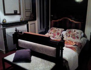 Meublé-La grillade-Briare-chambre-002