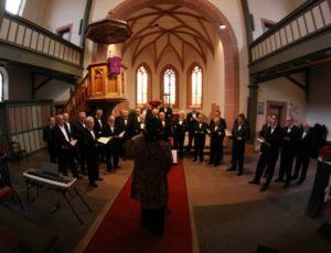 church-choir-408412-1920