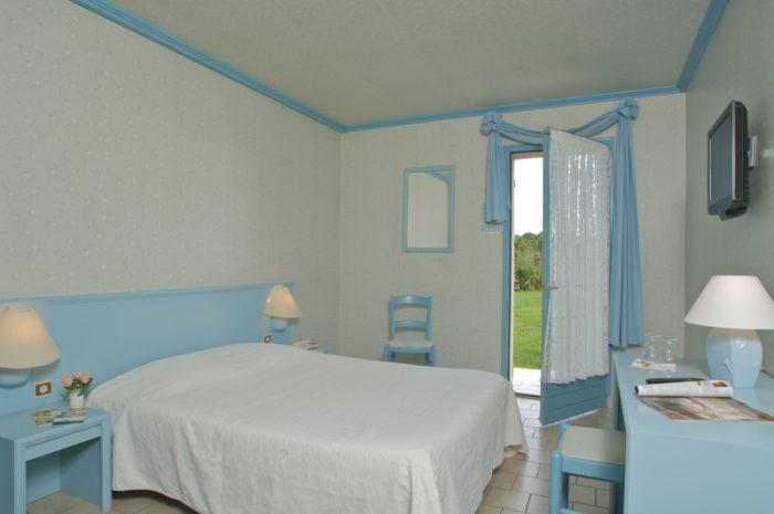 La Bussière-Le Nuage-chambre bleue
