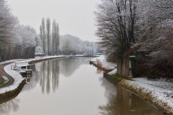 Ouzouer sur Trézée- gite du canal le Chaloy-le Canal sous la neige