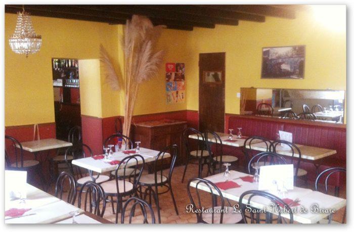 Restaurant Le Saint-Hubert de Briare – Salle restaurant