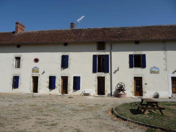 Briare-Chambres d'hôtes la ferme du Buisson-longère principale