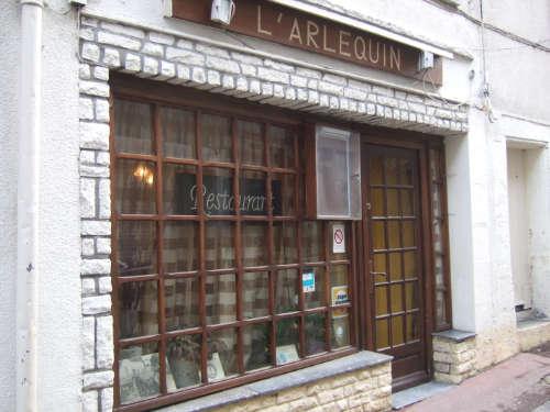 Châtillon sur Loire-restaurant Arlequin-façade