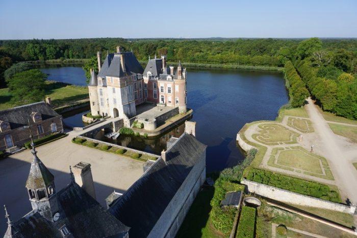 vue-generale-chateau-Pierre-MarceauADRT-du-Loiret